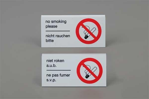 """Tafelstaander """"niet roken"""""""
