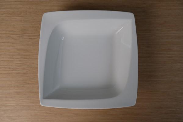 Papillon Square vierkant bord diep 140ml